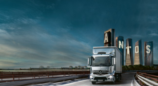 Camions Mercedes-Benz en ramassage-distribution